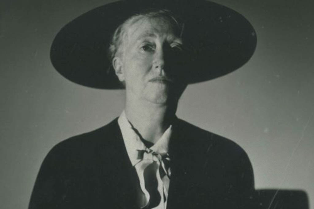 Biography Marianne Moore